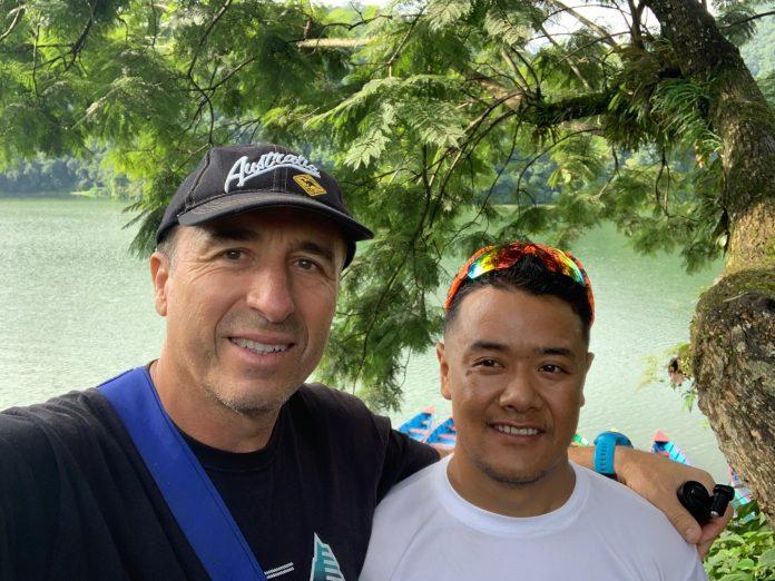 A. Sykaris & Dawa Sherpa